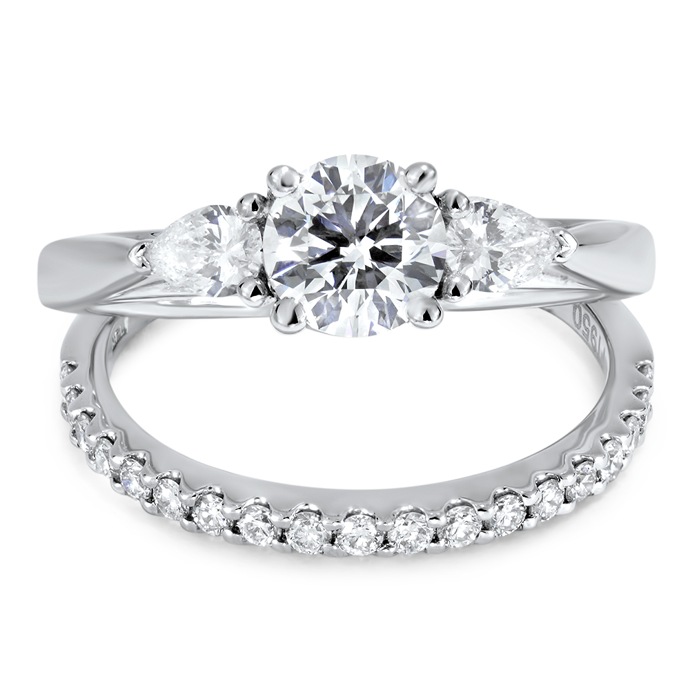 Diva Engagement Ring
