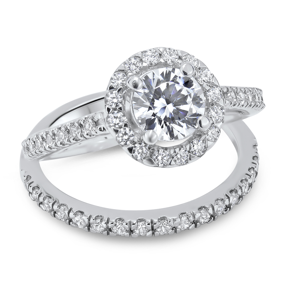 Halo Engagament Ring
