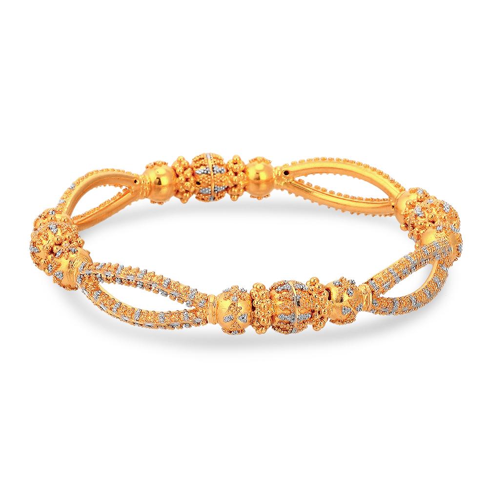 zina-gold-bangle